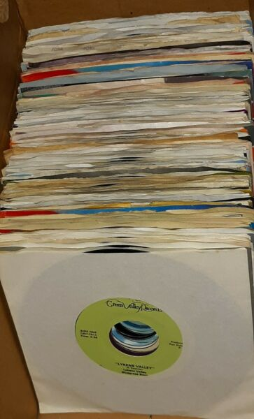 Lot of 100 various Country 45#x27;s Mostly 1980#x27;s