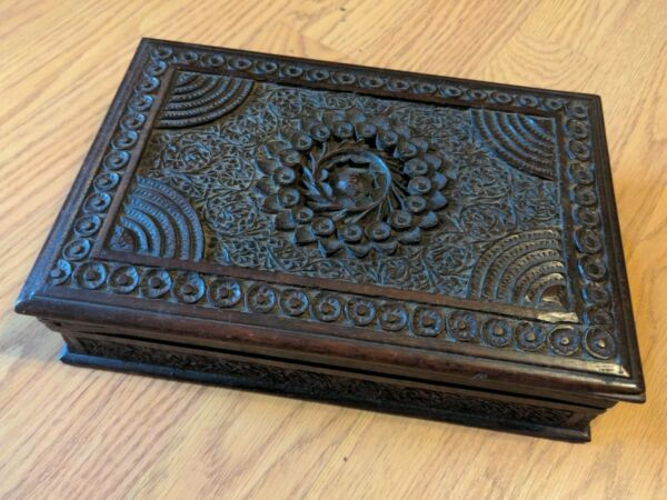 Antique Anglo Indian Chip Carved Wood Box Treenware