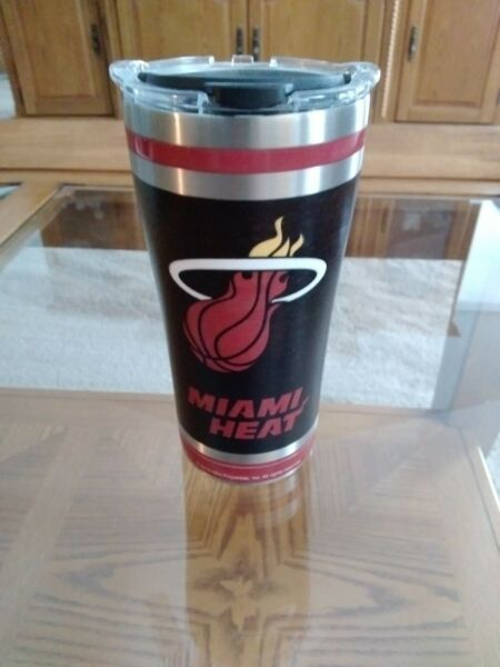 MIAMI HEAT 20 OZ STAINLESS STEEL TERVIS TUMBLER CUP THERMOS EUC HARDLY USED $20.00