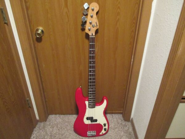 2000 SQUIER BY FENDER P BASS AFFINITY ELECTRIC BASS GUITAR RED WITH ROSEWOOD