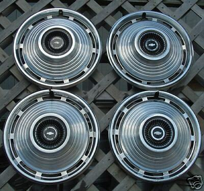 VINTAGE CLASSIC ANTIQUE 1967 CHEVY CHEVROLET NOVA HUBCAPS HUB CAPS WHEEL COVERS