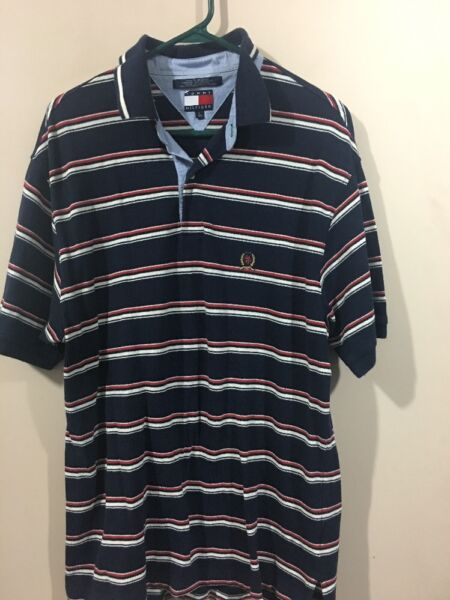 Tommy Men#x27;s Size Large Golf Shirt $16.99