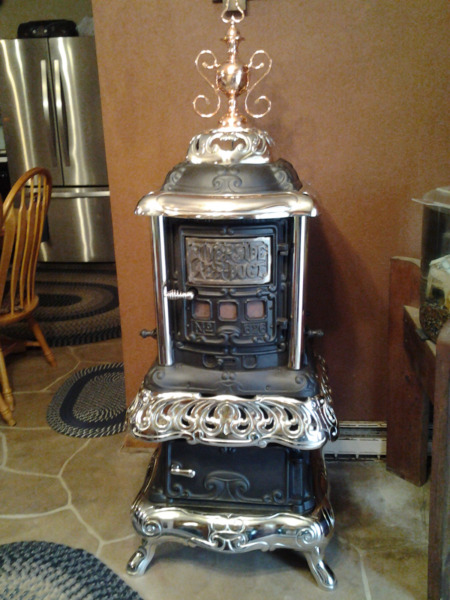 RIVER AER-DUCT ROCK ISLAND STOVE CO. CAST IRON WOOD BURNING PARLOR STOVE