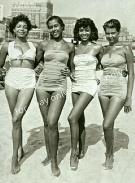 Vintage Old Photo reprint 1940's Pretty African American Black Women Glam Girls