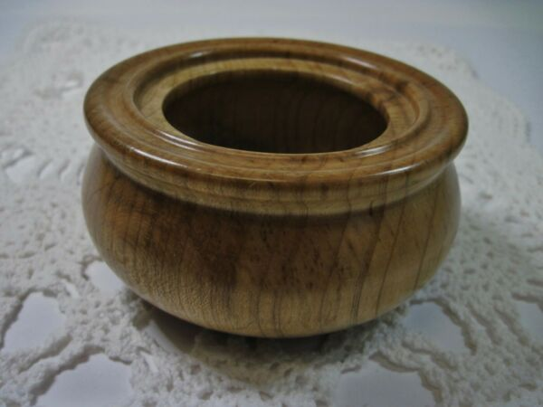 Hand Crafted Natural Wood Georgia Magnolia Small Bowl Trinket Dish Signed 4.5quot; $15.99