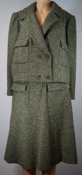 CHANEL 01A 2001 Autumn Multicolor Green Wool Blend Tweed Skirt Suit Size 1244