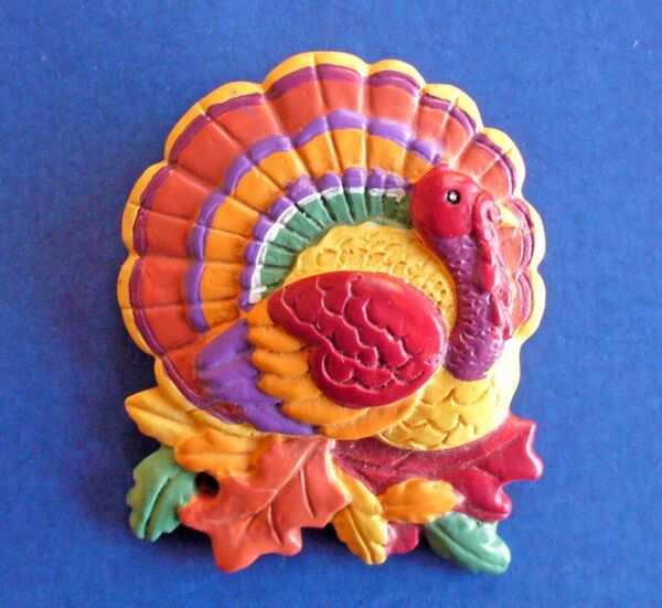 PIN Thanksgiving Vintage TURKEY Leaves FALL Oak Colorful Holiday Brooch
