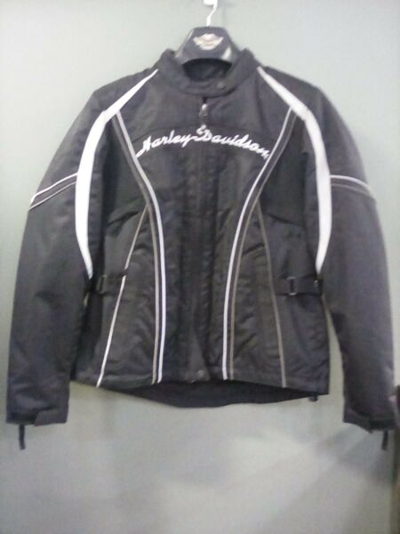 Woman's  Willie G jacket