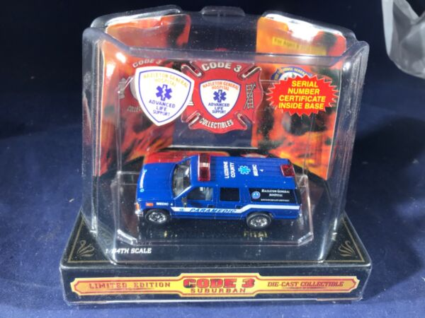 N 86 CODE 3 DIE CAST FIRE ENGINE 1:64 SCALE HAZELTON GENERAL HOSPITAL PARAMEDIC