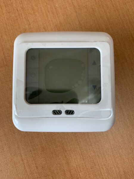 Weekly Programmable Touch Screen Heating Thermostat C07.H3 White 230Vac 5060Hz