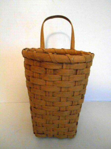 ANTIQUE VINTAGE REPRODUCTION WALL BASKET - YELLOW