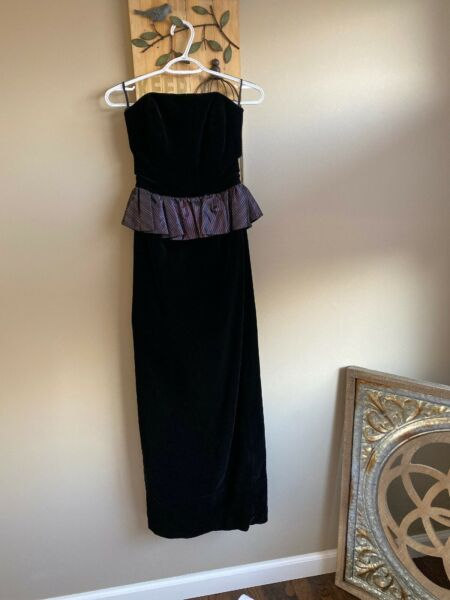 Laura Ashley Vintage Velvet Long peplum Dress black size 8 SMALL strapless
