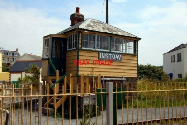 PHOTO THE OLD SIGNAL BOX AT INSTOW