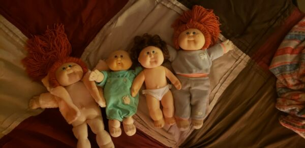 Cabbage patch dolls vintage 1984 1985