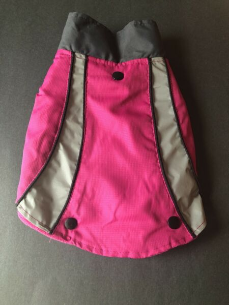 Top Paw 2 in 1 Pink Reflective Pet Coat for a small dog $9.99