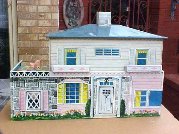 VERY NICE Vintage 1940's T COHN Five Room Tin Doll House with Furniture