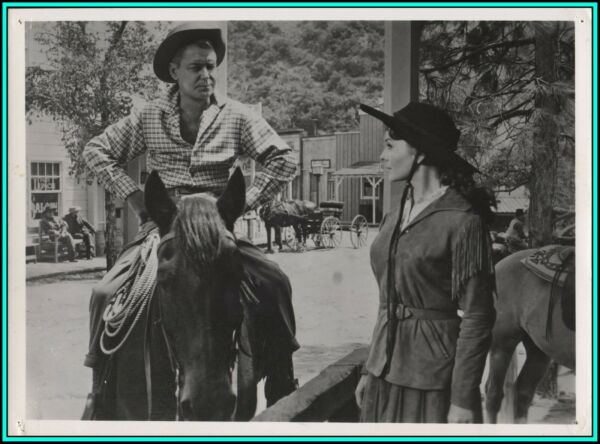 JEANNE CRAIN amp; ALAN LADD in quot;Guns of The Timberlandquot; Original Photo 1960 $17.95