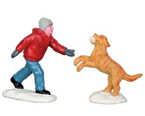 Lemax Dog in Snow #52346 Set of 2 Christmas $16.00