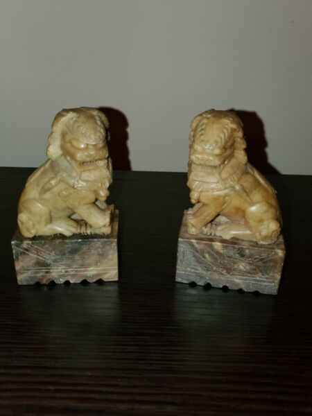 Vintage Chinese Carved Pair Foo Lion Dogs $65.00