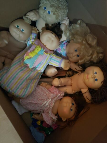 Cabbage patch dolls vintage 1984