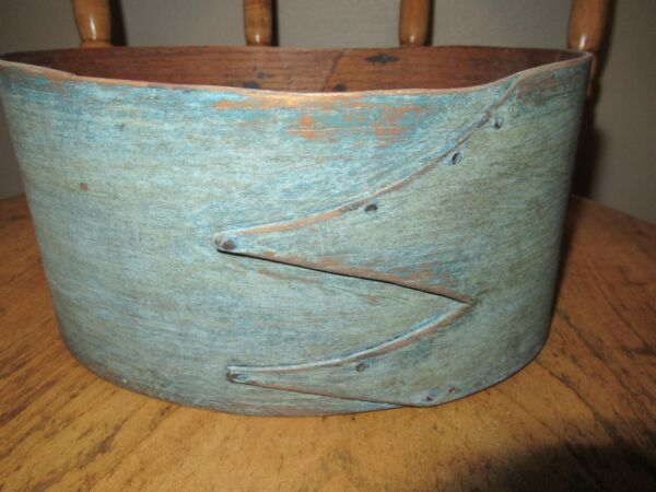 Antique Oval Pantry Box Paint Shaker Firkin Blue Primitive Fingers 8 3 4quot; Long