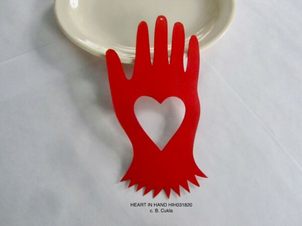 RETIRED B. CUKLA HAMMER SONG FRIENDSHIP HAND HEART ORNAMENT hand ptd cut TIN