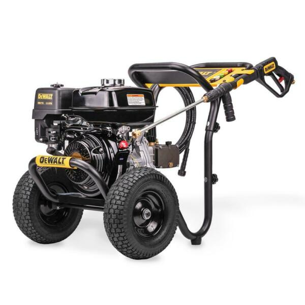 DeWalt 4000 PSI 3.5 GPM Gas Pressure Washer with Honda Engine