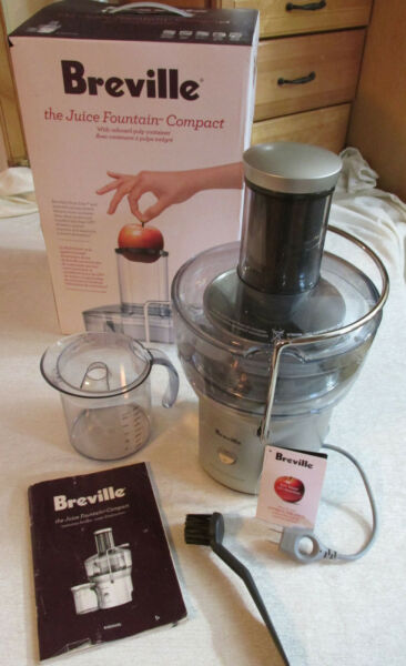BREVILLE Juicer Juice Fountain Compact Juicer BJE200XL extractor