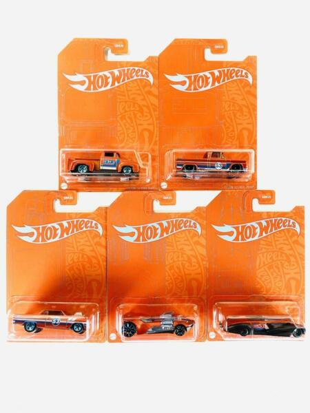 Hot Wheels 53rd Anniversary Orange and Blue Series Set of 5 Cars 2021 $17.95