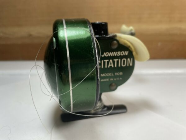 Vintage Johnson Century Model 100B Spin Cast Fishing Reel Made In USA