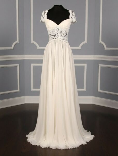 Reem Acra Adele Couture Wedding Gown $500.00