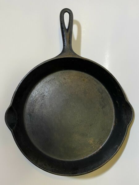 VINTAGE #9 WAGNER CAST IRON SKILLET FRYING PAN WOW
