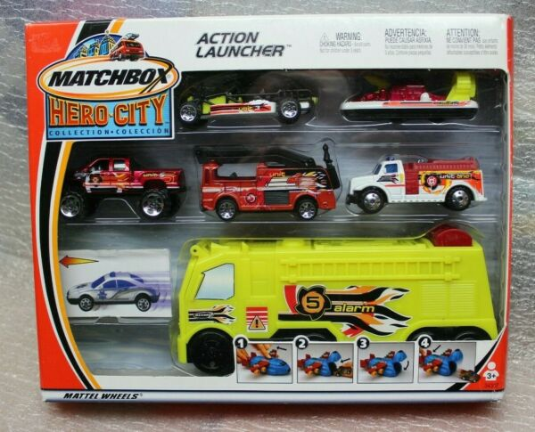 MATCHBOX HERO CITY ACTION LAUNCHER FIRE TRUCK w 4 Cars amp; 1 Boat BOXED 2002
