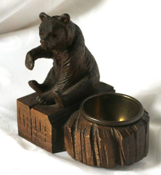 Black forest bear carving ashtray match holder