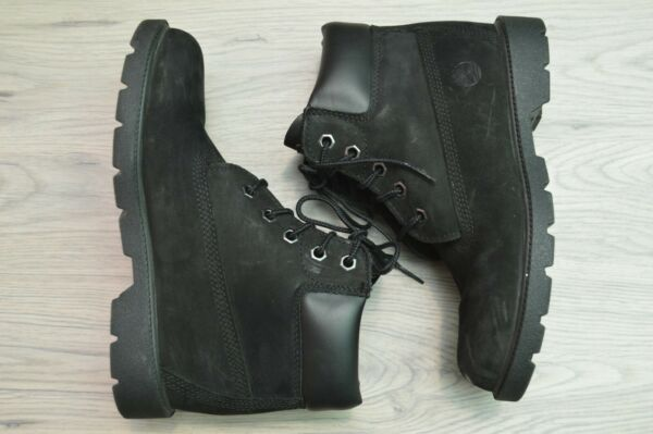 Timberland Boys Black Classic Boots 10710 Size US 3 $20.00