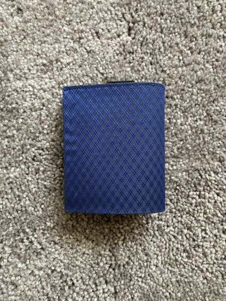 Blue Mjolnir Carbon Wallet Quick Draw Cards Anti RFID Coin Sort $10.00