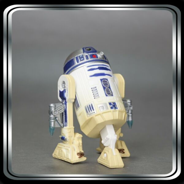 Star Wars Action Figure: R2 D2 w rockets Revenge of the Sith #7 2005 Loose $8.02