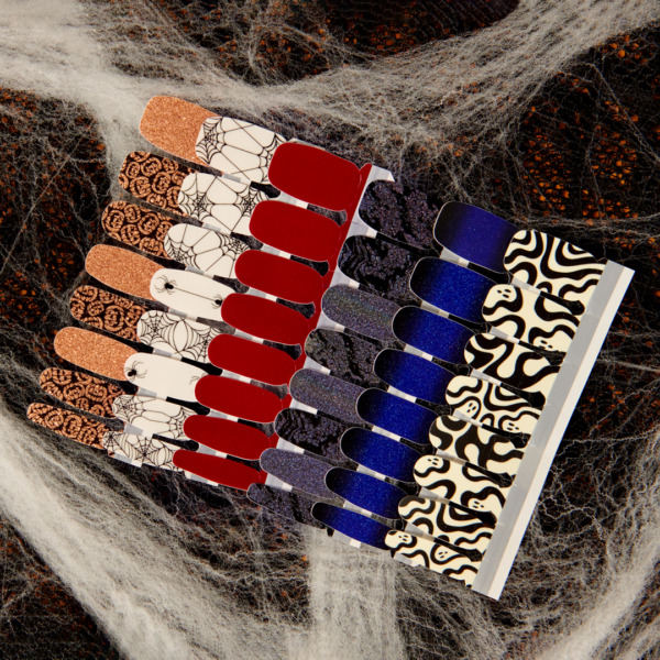 COLOR STREET NAIL POLISH STRIPS $7.99 and up Current amp; Retired Sets Available $8.99