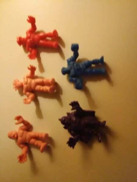 m.u.s.c.l.e men wrestling figures that are from the early 1980#x27;s