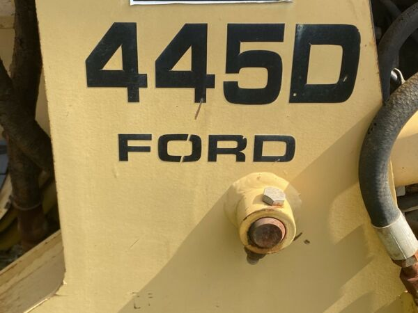 New Holland FORD 445D Tractor $6000.00