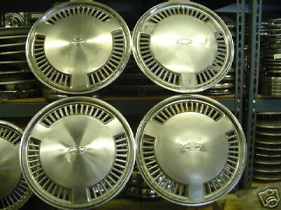 VINTAGE CLASSIC ANTIQUE CHEVY CHEVROLET CELEBRITY HUBCAPS HUB CAP WHEEL COVERS