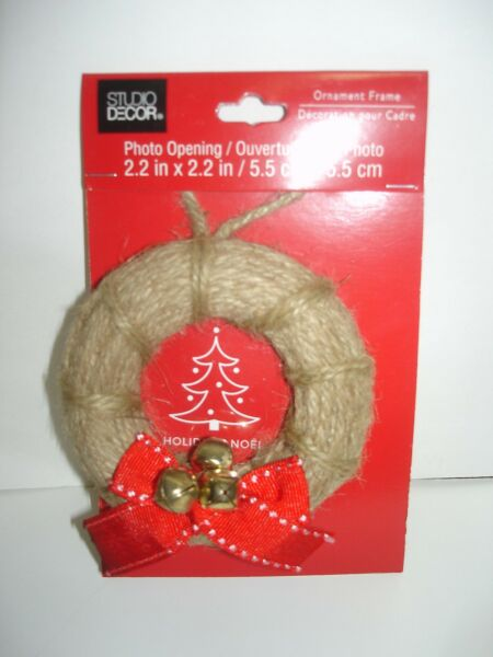 New ORNAMENT PICTURE FRAME Christmas Burlap Wreath Red Ribbon Fit Photo 2.2quot;Dia
