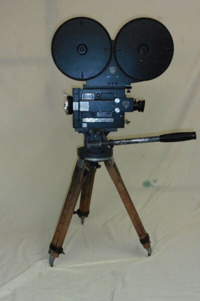 35MM G.C. MITCHELL CAMERA W HEAD- TRIPOD 1000' MAG ARRI GOOD RUNNING CAMERA