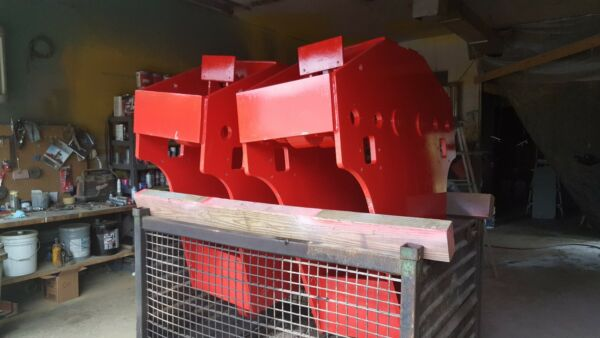 100 Ton J & R Lift and Lock Gantry Traveling D-Rings For Sale (Two)