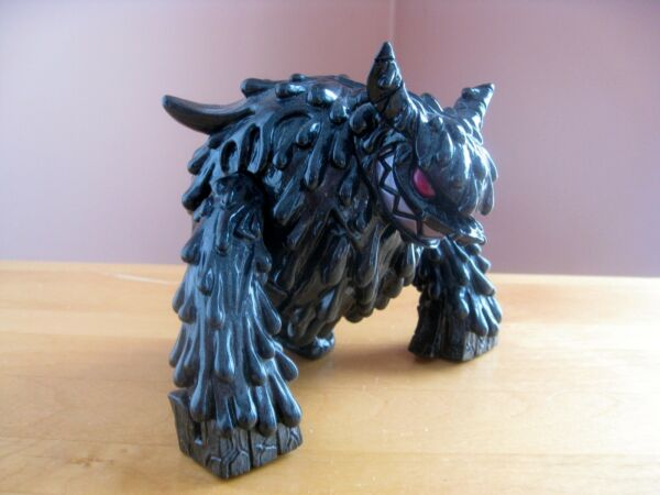 Touma Gloss Black Magman Kaiju for Grown Ups KFGU 150 Limited Edition