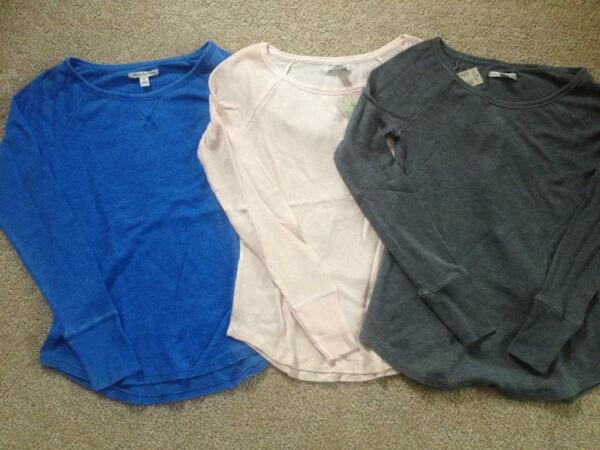 NWT AMERICAN EAGLE Soft Waffled Thermal - Blue Gray Sparkle Pink