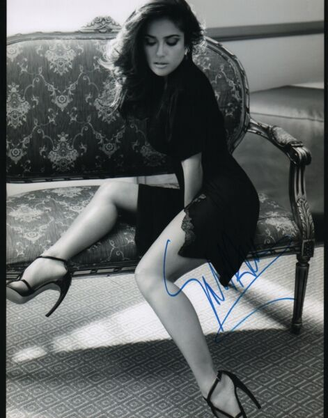Salma Hayek signed 11x14 photo