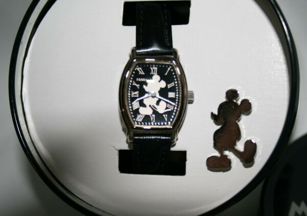 Mickey Mouse Watch Fossil Disney Women's Silhouette of Mickey Dial W/ Pin Watch