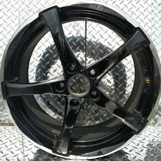 ADVANTI Denaro 17x75x114.3 Rim Gloss black with machined outer edge (Set of 4)
