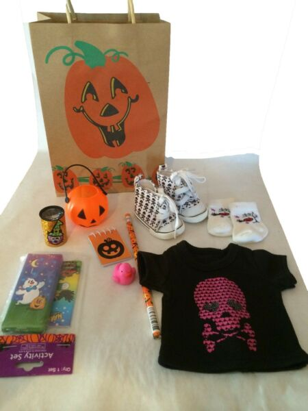 Halloween Goodie Bag 8 pcs  For 18